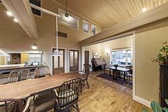 我々の販売する木材を使って完成すると、このような家が出来上がります。